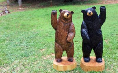Pair of Waving Bears